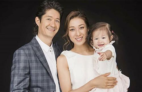 Linda-Chung-family-2018.