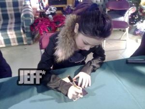 Mine~ When signing my pic =D   Best pic i have lol
